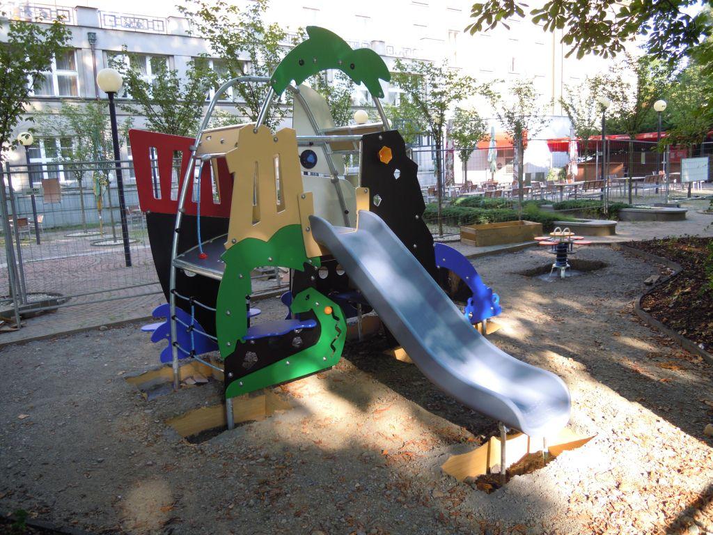 Technický dozor stavebníka, dětské hřiště