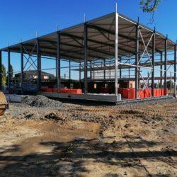 Novostavba víceúčelové sportovní haly v Nové Bělé